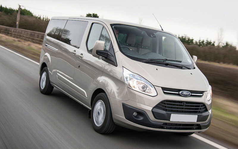 1x Ford Tourneo Mini Bus